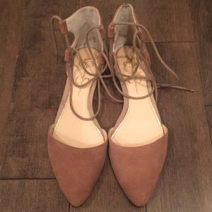 Like new tie up pointed toe flats
